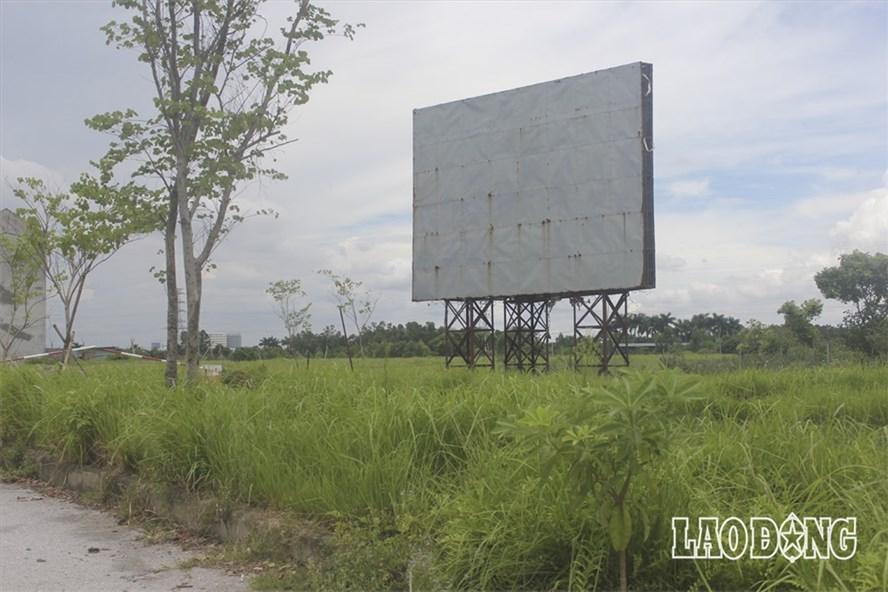 Những khu dự án hoang vu, chưa được triển khai.