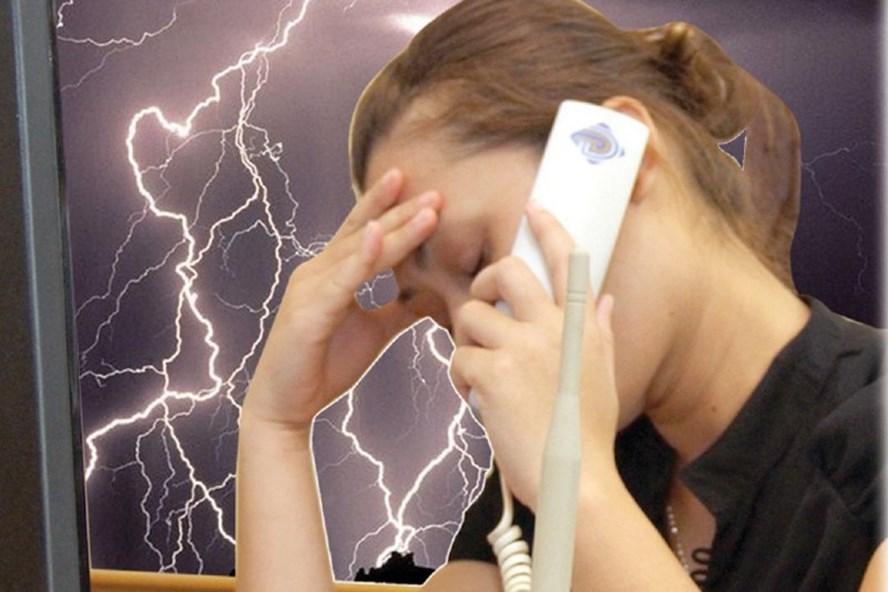 Tội phạm thường lợi dụng sự nhẹ dạ, cả tin của người dân để lừa đảo qua điện thoại (Ảnh minh hoạ).