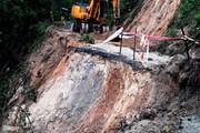 Áp thấp đang mạnh lên, cảnh báo nguy cơ sạt lở đất nhiều nơi do mưa lớn