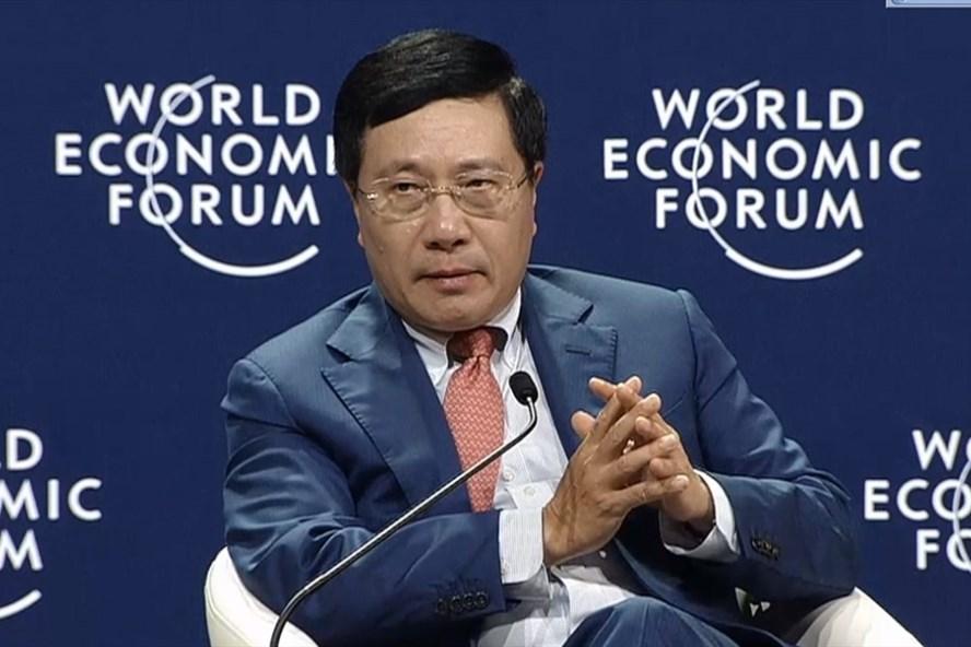 Phó Thủ tướng, Bộ trưởng Ngoại giao Phạm Bình Minh tại phiên thảo luận sáng 13.9. Ảnh: PV