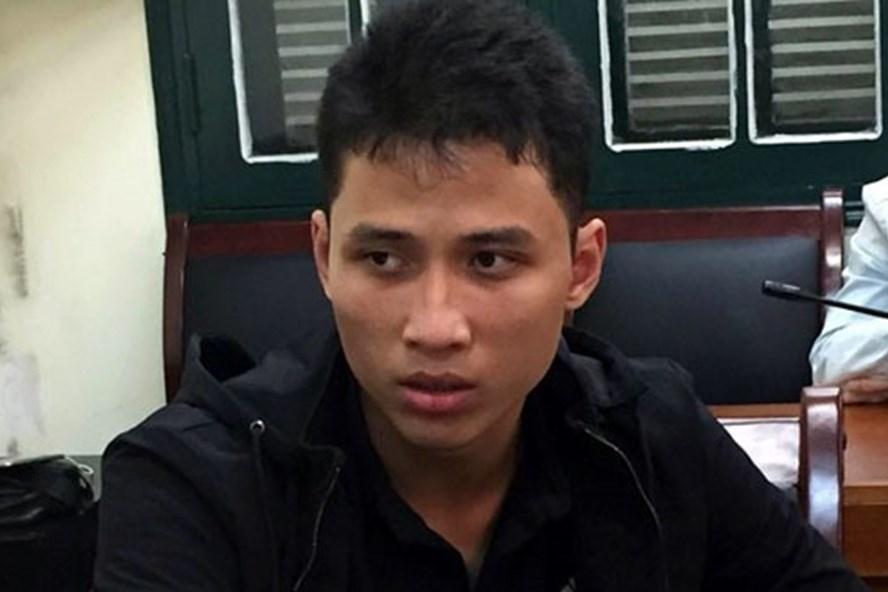 Bị can Phạm Thanh Tùng khi bị bắt.