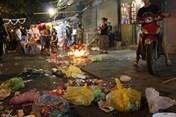 Sốc cảnh đường phố Hàng Mã thành bãi rác sau đêm Trung Thu