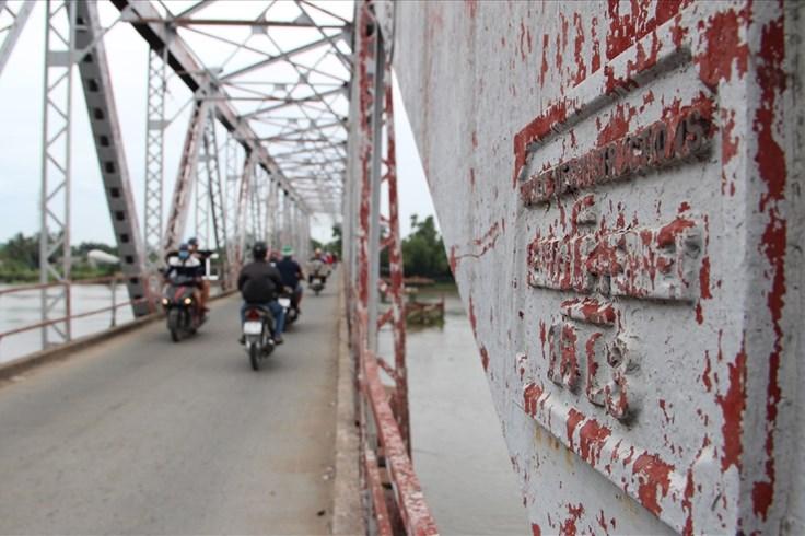 Dời thời gian tháo dỡ cầu Phú Long cũ hơn 100 tuổi qua Tết Nguyên đán