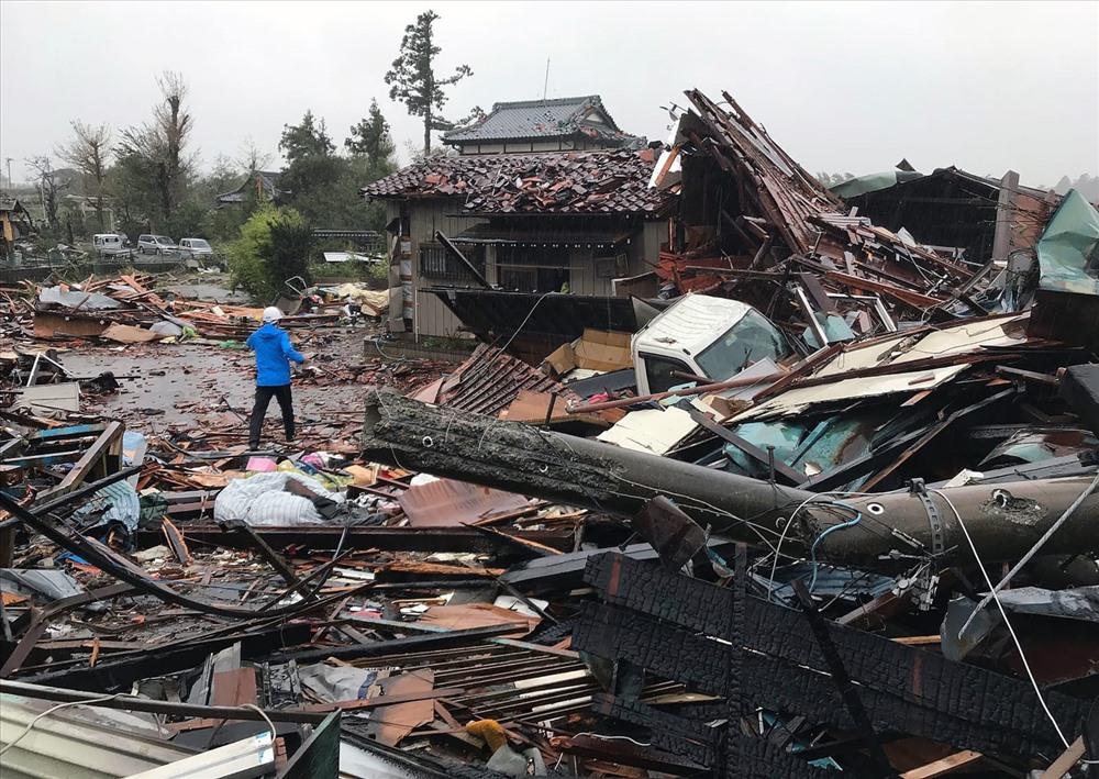 Cảnh hoang tàn ở Ichihara, phía đông Tokyo. Ảnh: Kyodo/Reuters