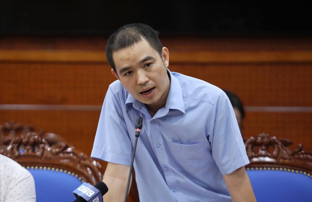 Ông Bùi Đăng Khoa, Phó Giám đốc Công ty cổ phần đầu tư nước sạch Sông Đà. Ảnh: Tô Thế.