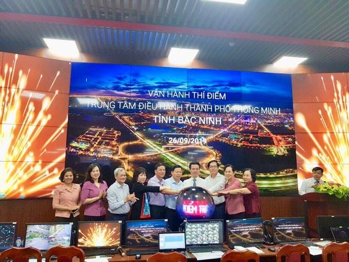 Vận hành thí điểm trung tâm điều hành thành phố thông minh tại Quảng Ninh và Bắc Ninh. Ảnh: S.T.