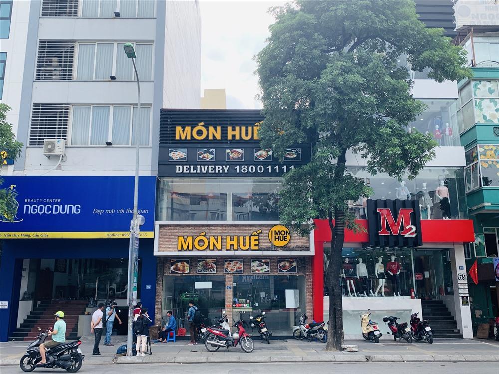 Cơ sở Món Huế ở 67 Trần Duy Hưng cũng đóng cửa hơn nửa tháng nay dù vẫn còn 3 tháng tiền thuê nhà đã đóng trước.