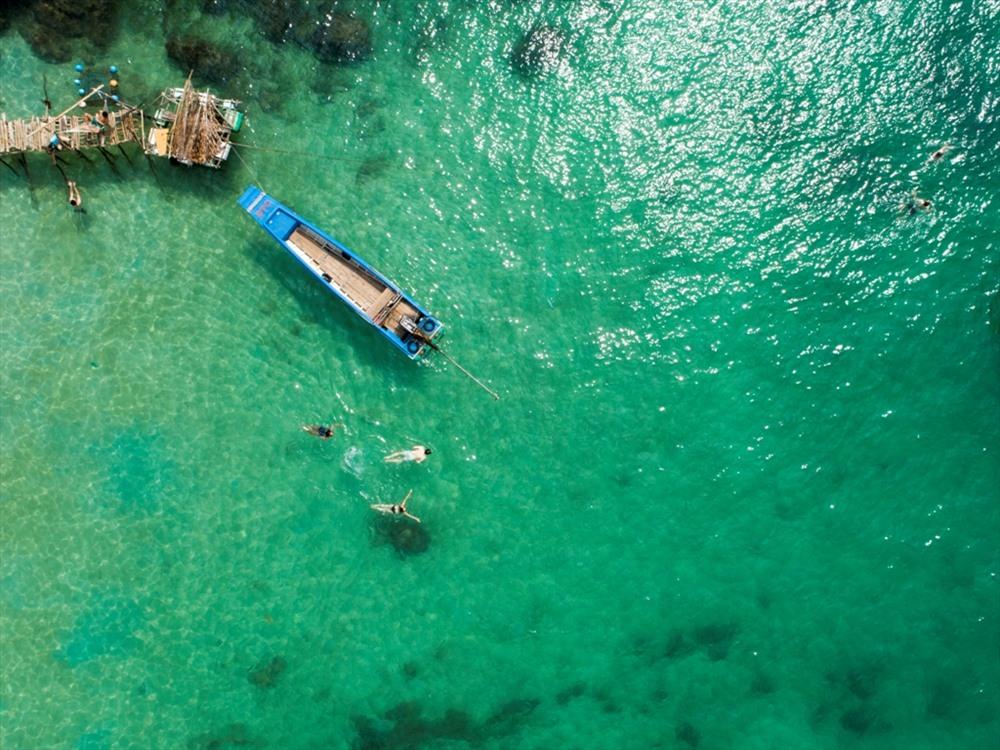 100% khách đến Phú Quốc qua Newstar Tour đều tham gia tour lặn ngắm san hô