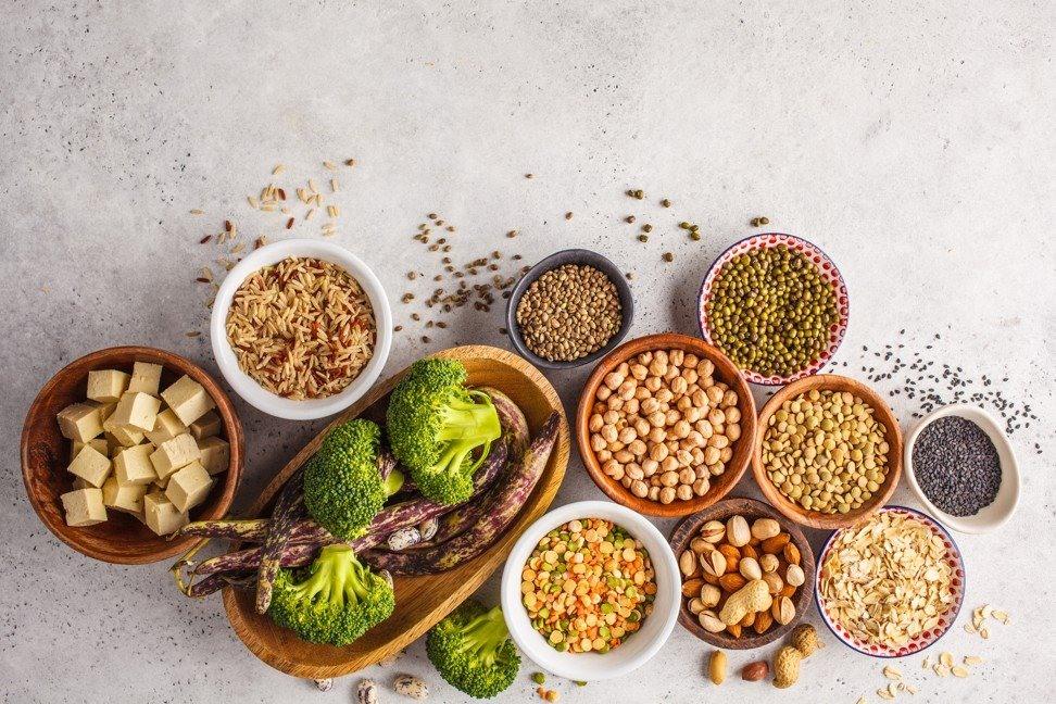 Nên ăn thực phẩm có nguồn gốc từ thực vật. Ảnh: SCMP