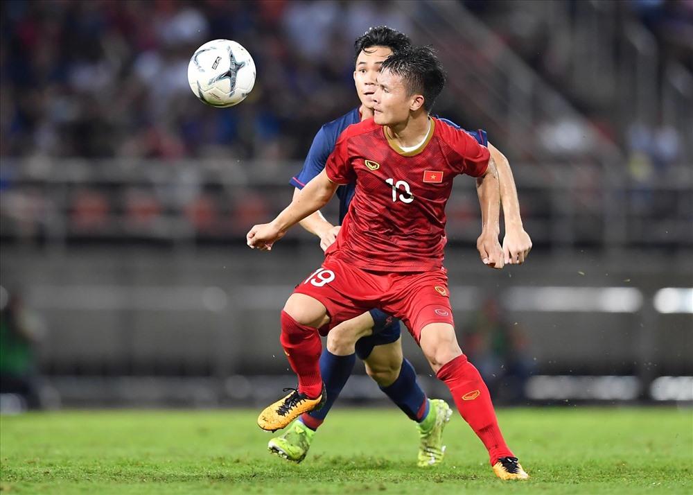 Tiền vệ Quang Hải xứng đáng nhận giải cầu thủ của năm. Ảnh: Anh Tuấn