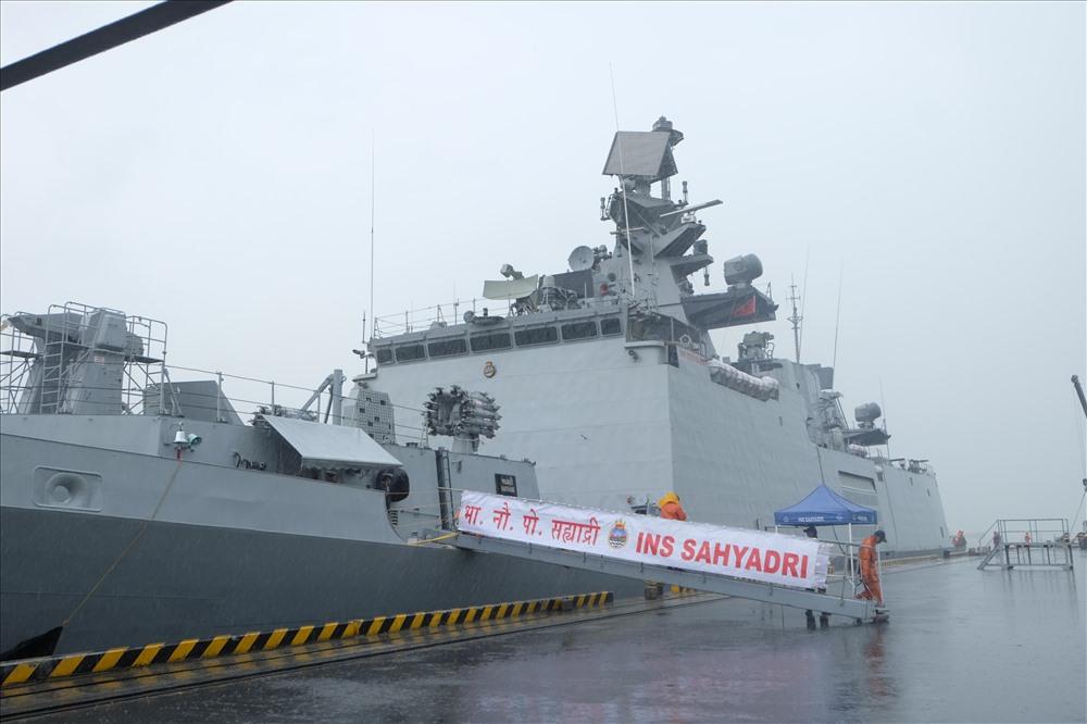 Trong thời gian chuyến thăm, Hải quân Ấn Độ sẽ trao đổi chuyên môn với Hải quân Việt Nam, chào xã giao và tiếp xúc các lãnh đạo của TP.Đà Nẵng, tour tham quan cho thuyền viên Ấn Độ và giao lưu thể thao…