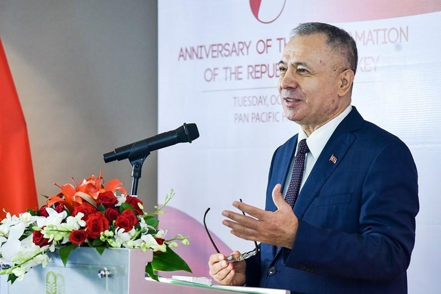 Đại sứ Thổ Nhĩ Kỳ tại Việt Nam Akif Ayhan. Ảnh: Nhật Hạ.
