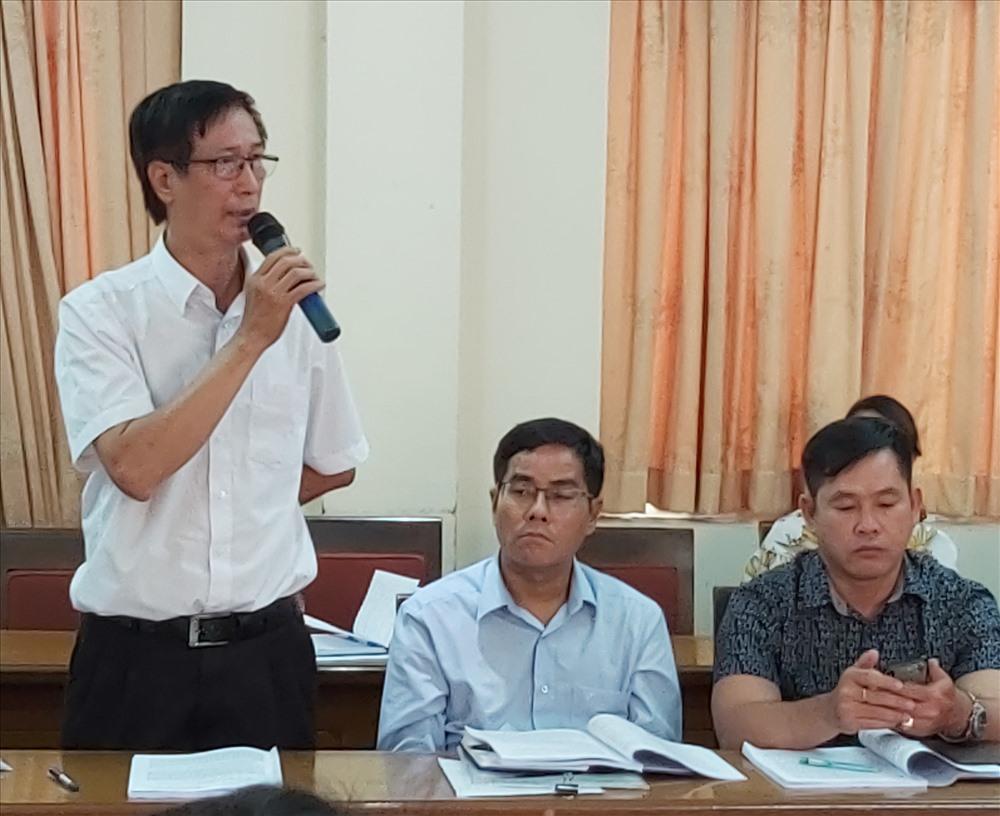 """Ông Nguyễn Thanh Minh: Chỉ có chưa đến 5% CN dệt của Cty Thái Tuấn """"bò"""" được đến tuổi nghỉ hưu. Ảnh Nam Dương"""