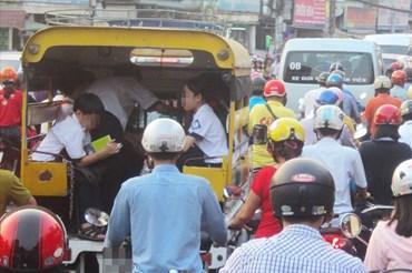 Xe đưa đón học sinh tại TP.Hồ Chí Minh