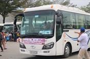 Hà Nội hỗ trợ xe đưa 1.600 công nhân nghèo về quê đón Tết