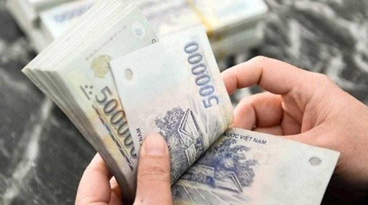 Nữ thủ quỹ ngân hàng tráo tiền mệnh giá thấp để tham ô gần 1,3 tỉ