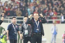 """Xong UAE, giờ đến """"trận đấu của năm"""" với người Thái"""
