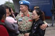 """Phút chia tay người lính """"mũ nồi xanh"""" Việt Nam sang Nam Sudan làm nhiệm vụ"""