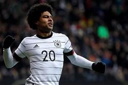 Gnabry tỏa sáng, Đức đại thắng Bắc Ailen 6-1