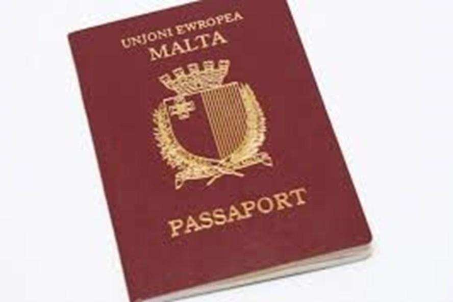 Tấm hộ chiếu Malta gợi nhớ câu chuyện về một doanh nhân, một đại biểu Quốc hội đã bằng mọi cách để có nó