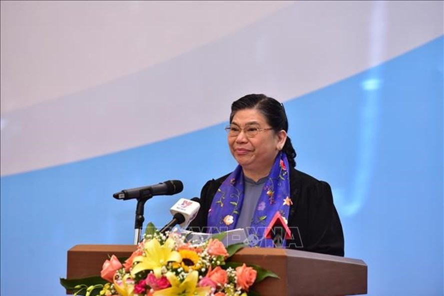 Phó Chủ tịch Thường trực Quốc hội Tòng Thị Phóng phát biểu. Ảnh: TTXVN