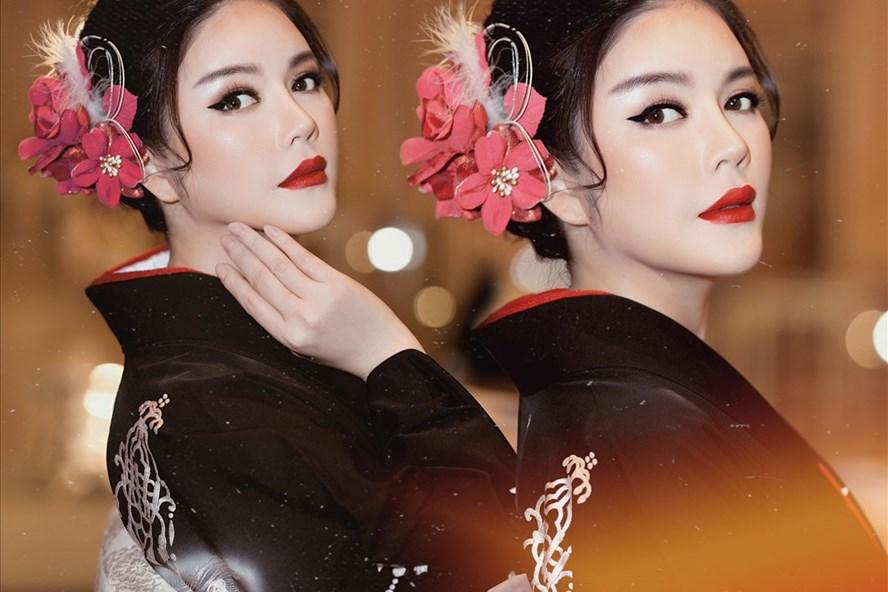 Lý Nhã Kỳ tự tin mặc kimono làm vedette trong show của nhà thiết kế Nhật
