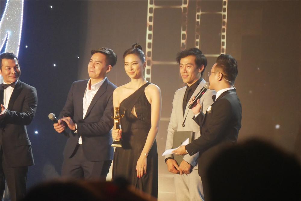 Cuối lễ trao giải, ban tổ chức Liên hoan phim cho biết, địa điểm tổ chức Liên hoan phim lần 22 sẽ diễn ra tại Huế.