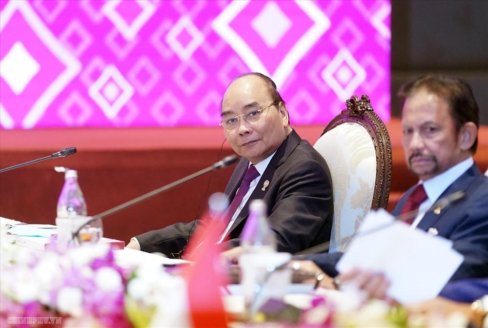 Thủ tướng Nguyễn Xuân Phúc dự Hội nghị Cấp cao ASEAN - Ấn Độ lần thứ 16. Ảnh: VGP.