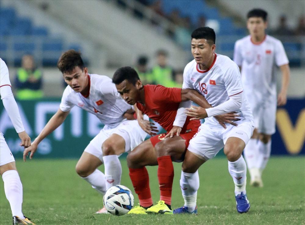 Trận đấu giữa U23 Việt Nam và U23 Indonesia diễn ra hồi tháng 3. Ảnh: H.A