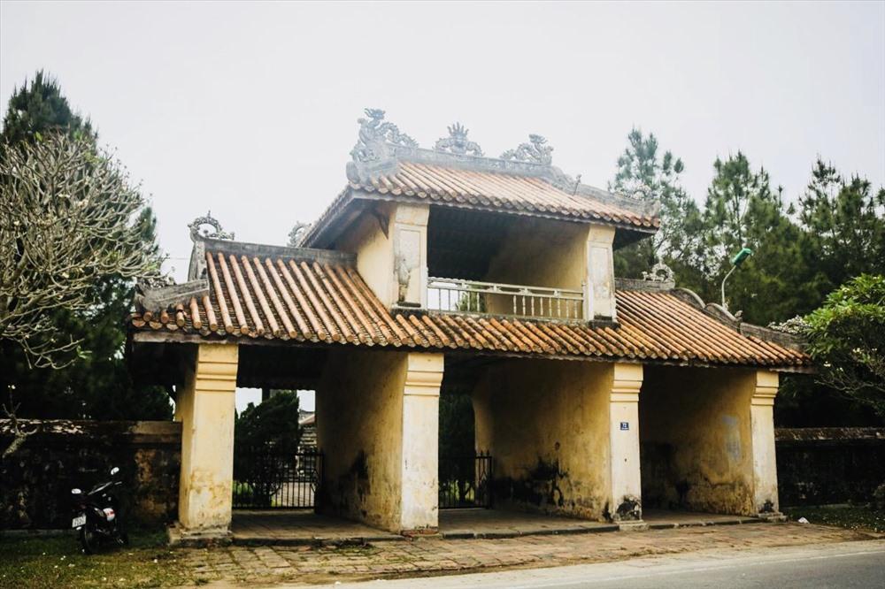 Tọa lạc ở thôn An Bình, làng An Ninh, phía Tây Kinh thành Huế, được xây dựng vào năm 1808 dưới triều vua Gia Long. Văn Miếu Huế là ngôi miếu của cả triều đại và cũng là của toàn quốc thời bấy giờ. Ảnh: TT.