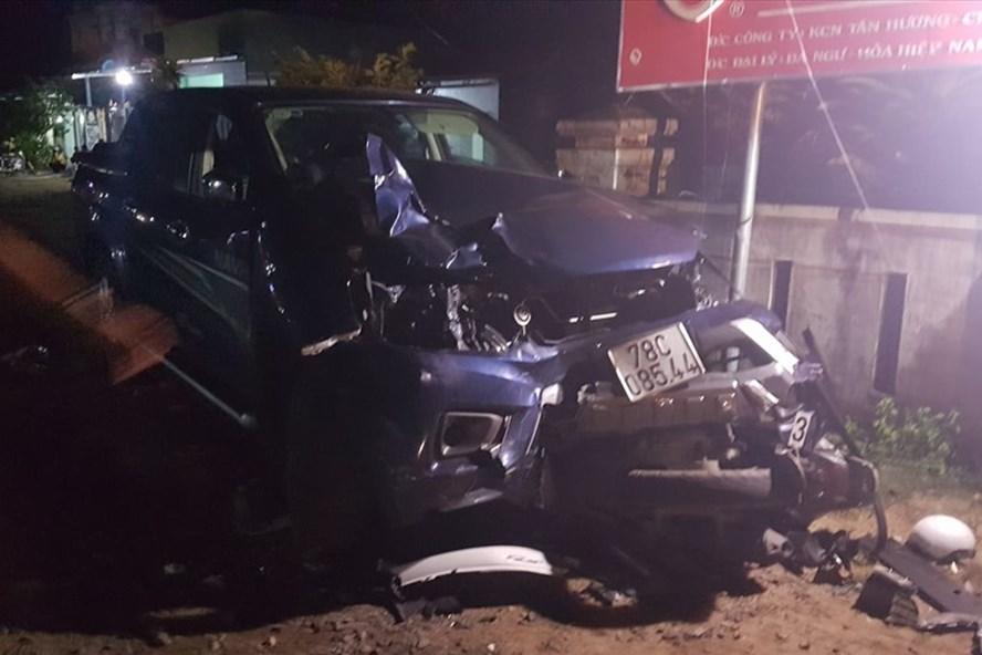 Hiện trường vụ ô tô bán tải gây tai nạn liên hoàn khiến 4 người chết ở xã Hòa Xuân Nam, huyện Đông Hòa, tỉnh Phú Yên. Ảnh: T.T