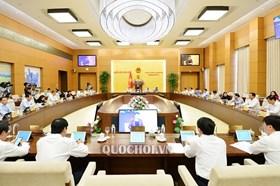 Ngày 17.12,  khai mạc Phiên họp thứ 40 của Ủy ban Thường vụ Quốc hội