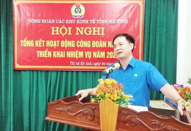 Đồng chí Ngô Đình Vân - Phó Chủ tịch LĐLĐ Hà Tĩnh phát biểu chỉ đạo tại Hội nghị.