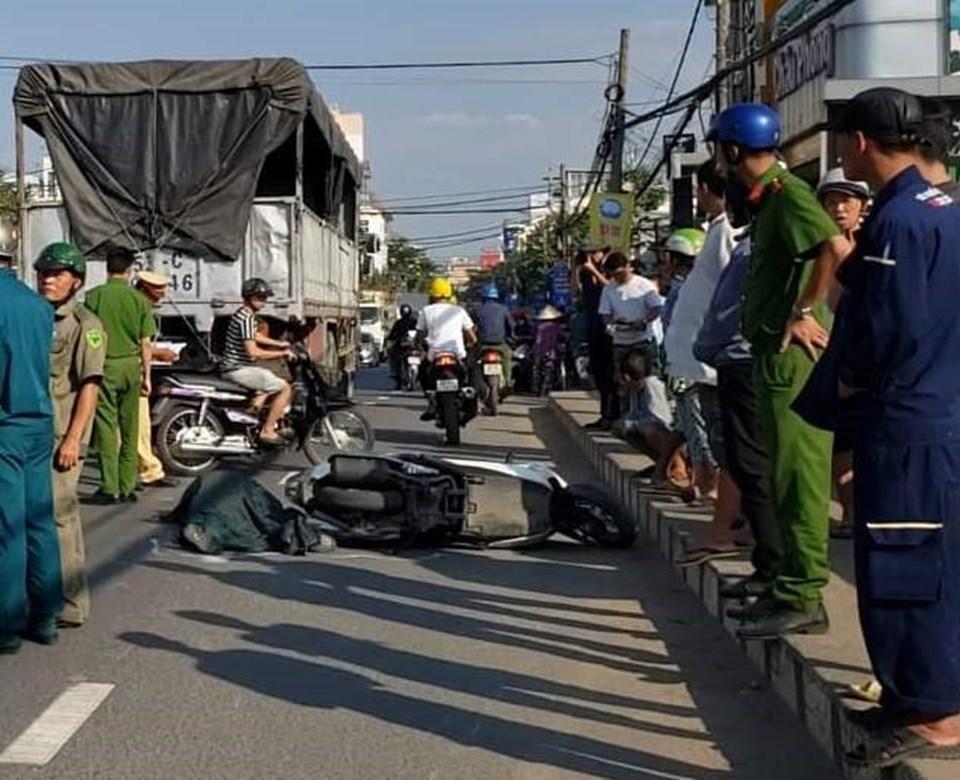 Hiện trường vụ tai nạn khiến người phụ nữ tử vong (Ảnh: Người dân cung cấp)