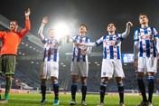 Heerenveen thua lỗ hơn 23 tỉ đồng, Văn Hậu sẽ là cứu tinh của đội bóng?