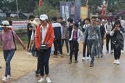 Vạn người nô nức trẩy hội chùa Hương Tích Hà Tĩnh