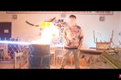 Rapper bị tố đốt sách để quay MV - Học sinh phản ứng dữ dội