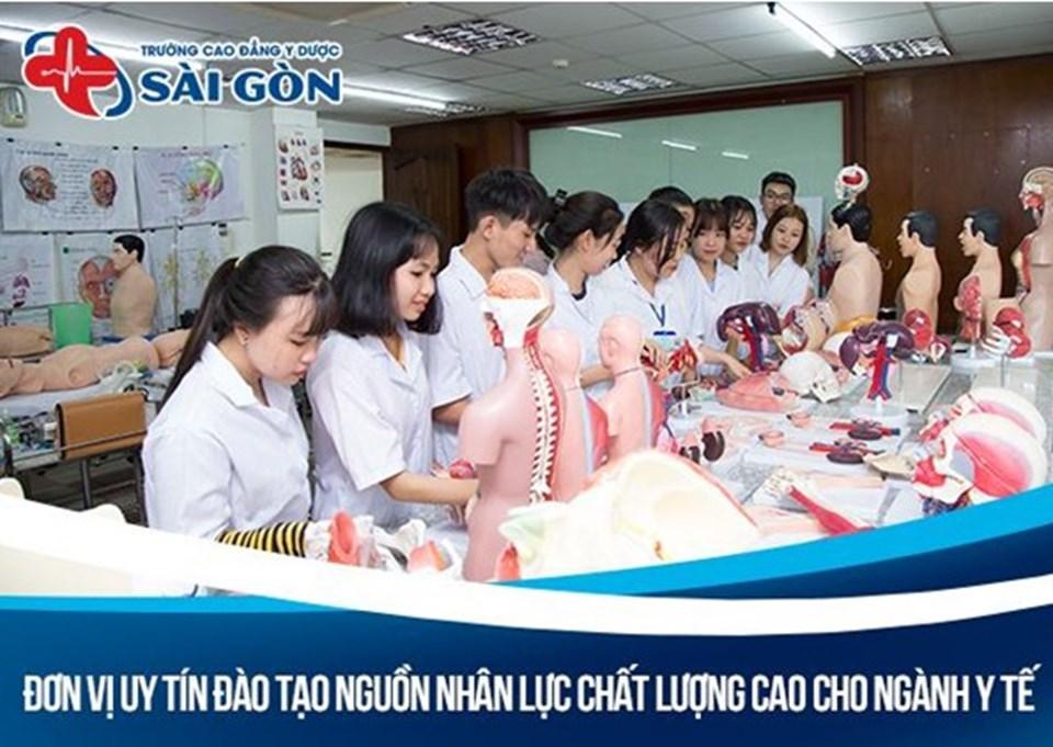 Cao đẳng Y dược Sài Gòn chủ trương đào tạo ra tầng lớp trí thức Y khoa trọn vẹn lương Y lẫn tay nghề.
