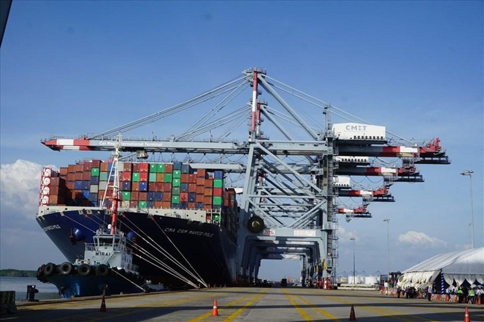 Việt Nam đặt mục tiêu đến năm 2025, ngành logistics tăng trưởng hàng năm từ 15 – 20%.