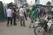 Nữ tài xế Mercedes đâm liên hoàn ở Cầu Giấy: Do đạp nhầm chân ga