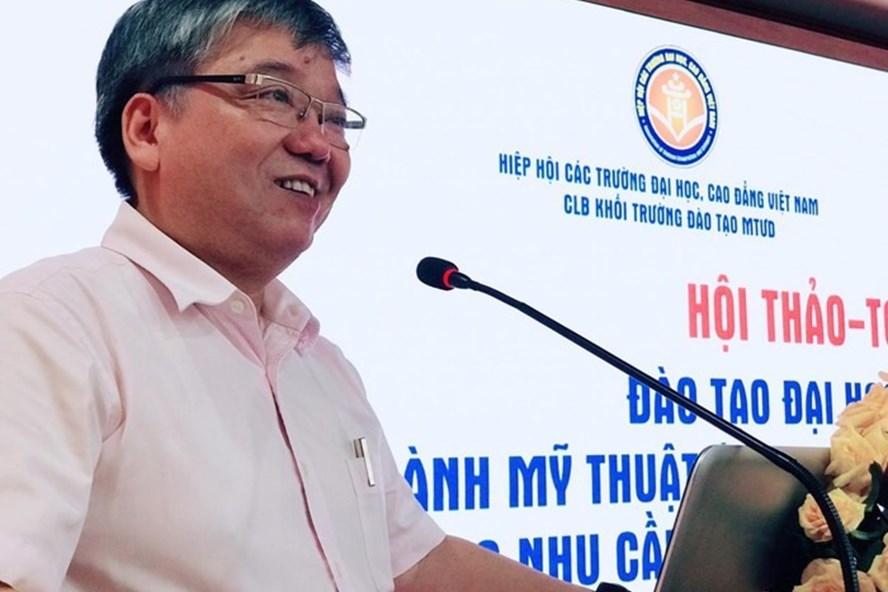 TS Trương Tiến Tùng - Hiệu trưởng Trường Đại học Mở Hà Nội phát biểu khai mạc Hội thảo.
