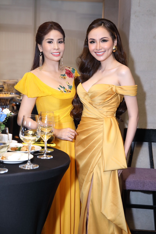 Đặc biệt là hình ảnh chỉn chu và phong cách thời trang của chị cũng thường xuyên nhận được nhiều lời khen ngợi từ đồng nghiệp và công chúng.