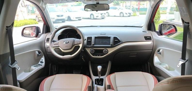 Nội thất bên trong xe Kia Morning 2019. Ảnh: danhgiaxe.com