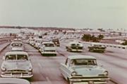 Cảnh hiếm thấy về giao thông thế giới cách đây 100 năm