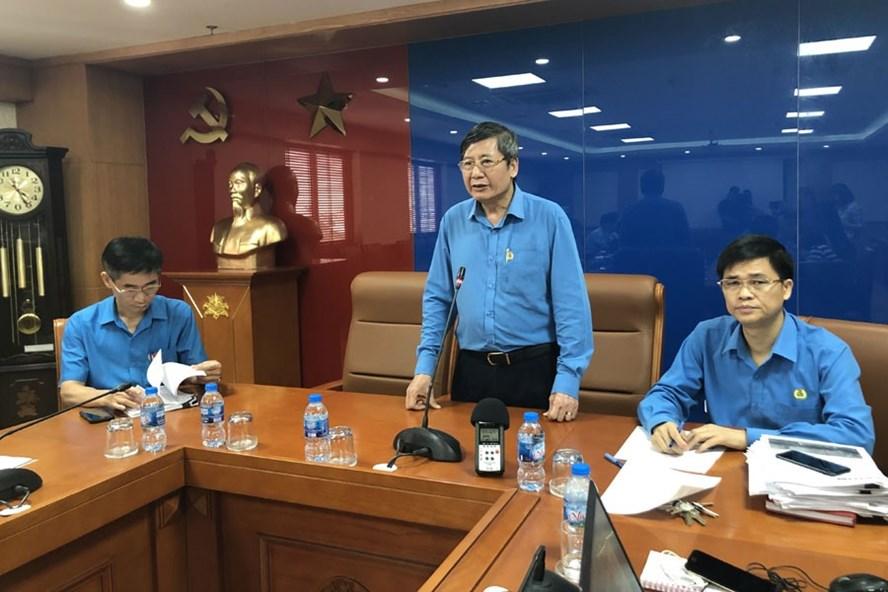 Phó Chủ tịch Thường trực Tổng LĐLĐVN Trần Thanh Hải phát biểu tại buổi cung cấp thông tin về một số vấn đề liên quan đến Trường ĐH Tôn Đức Thắng. Ảnh: V.L