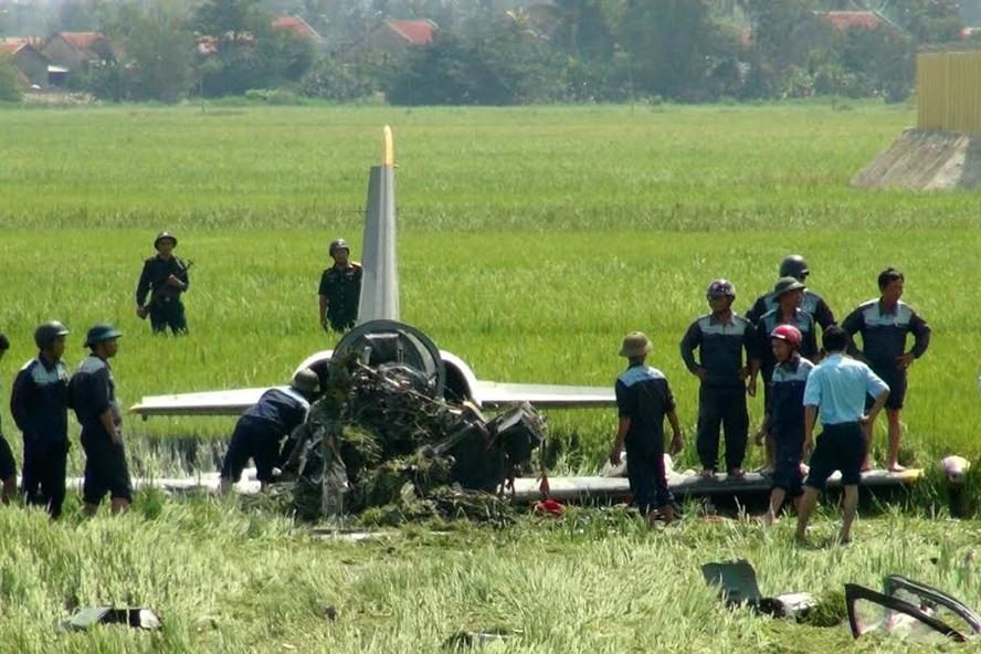 Hiện trường vụ rơi máy bay huấn luyện L-39 tại Phú Yên xẩy ra tháng 8.2016 được  cho là do lỗi động cơ. Ảnh:P.Tín
