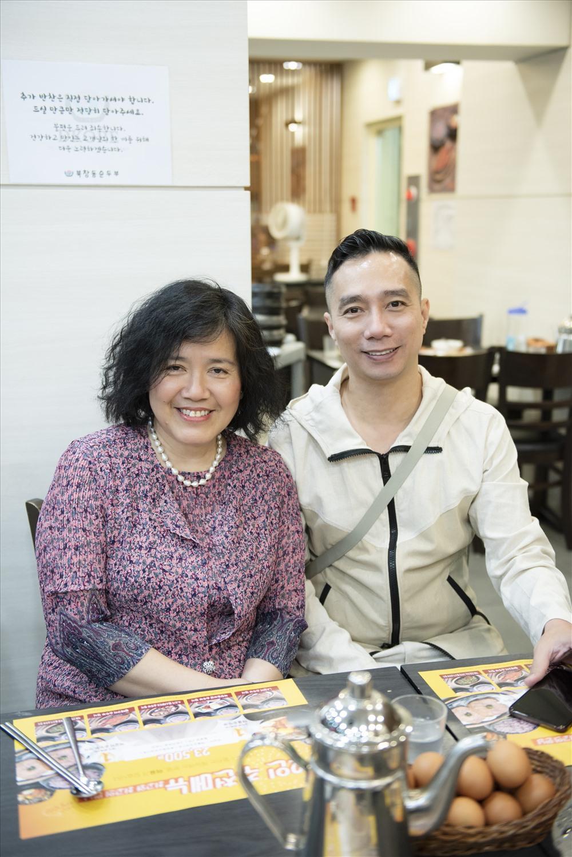NTK Đỗ Trịnh Hoài Nam và phu nhân Đại sứ đặc mệnh toàn quyền Việt Nam tại Hàn Quốc. Ảnh: Vũ Đình Hải.