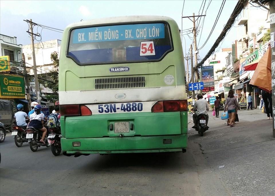 Tuyến xe buýt 54 (BX Miền Đông - BX Chợ Lớn) có thể sắp ngưng hoạt động.  Ảnh: Minh Quân