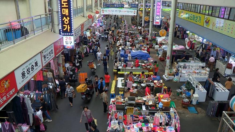 Chợ truyền thống còn lại từ thời Joseon độc đáo và đầy dư âm lịch sử.