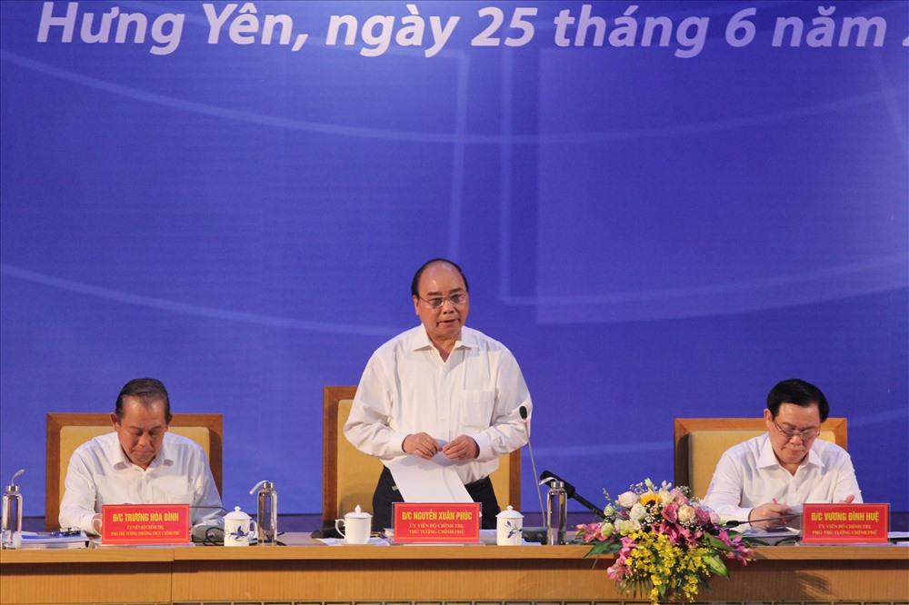 Thủ tướng Chính phủ Nguyễn Xuân Phúc phát biểu tại Hội nghị. Ảnh Trần Vương